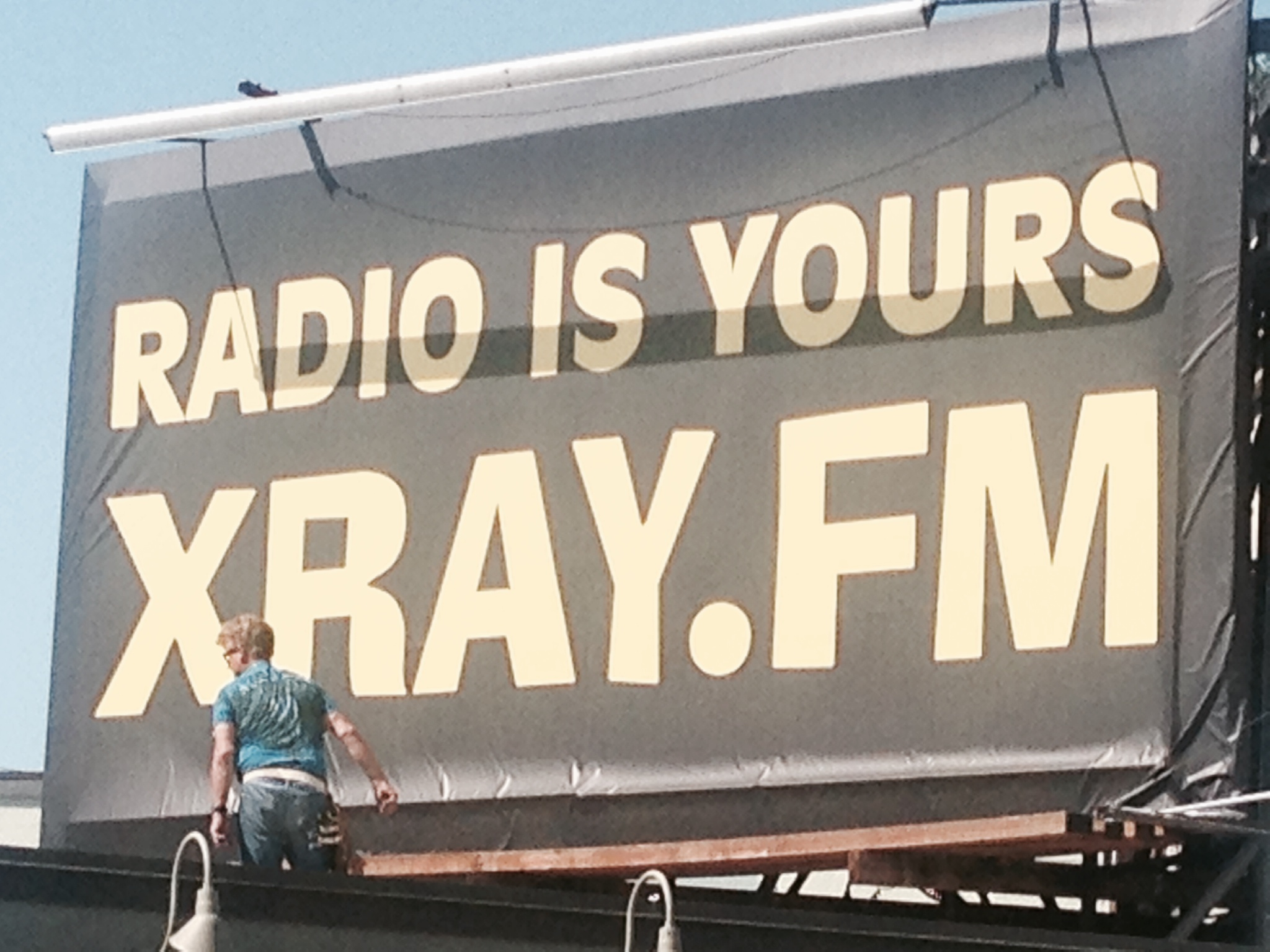 About /// XRAY.fm